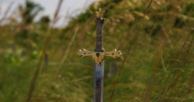 Szczerbiec – miecz koronacyjny