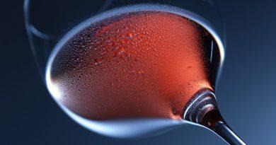 Klarowanie wina spirytusem, białkiem, bentonitem, żelatyną